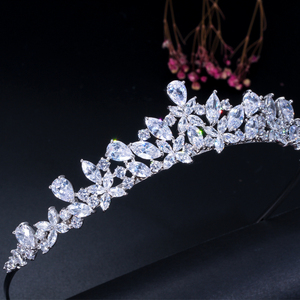 Image 2 - CWWZircons couronne de diadème de mariée en zircone cubique, accessoires de cheveux, accessoires de mariage, bijoux A008