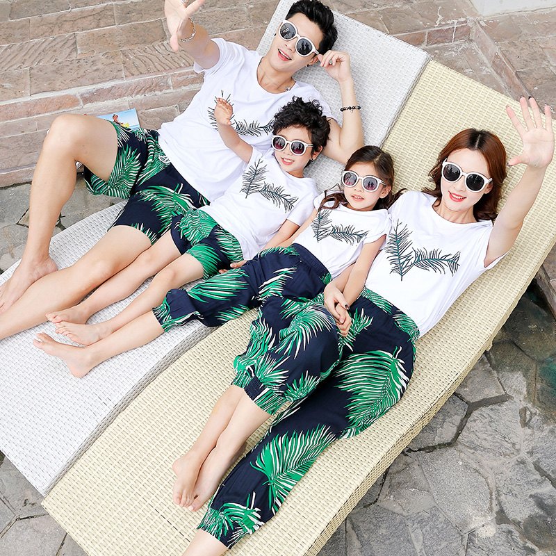 Family Matching Outfits Look Beach Clothes Mother Daughter Tshirt+pants Dad Son Tee Shirt+trunks Mommy Dad And Me Clothes Summer