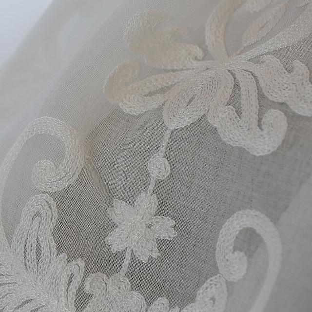Di alta qualità Bianco Del Ricamo Del Fiore Schermi Stile Europeo Voile di Tulle Sheer per la Camera Da Letto Soggiorno Finestre Tenda Tende