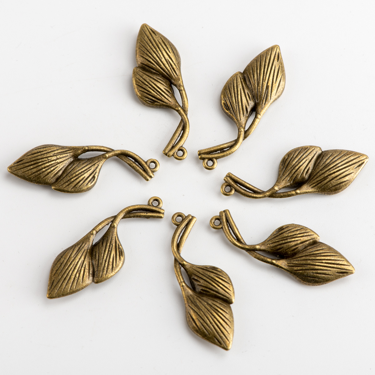 DIY Alloy Leaf Pendant For Decoration Charms Jewelry Findings & Components For Jewelry Making #JZ111