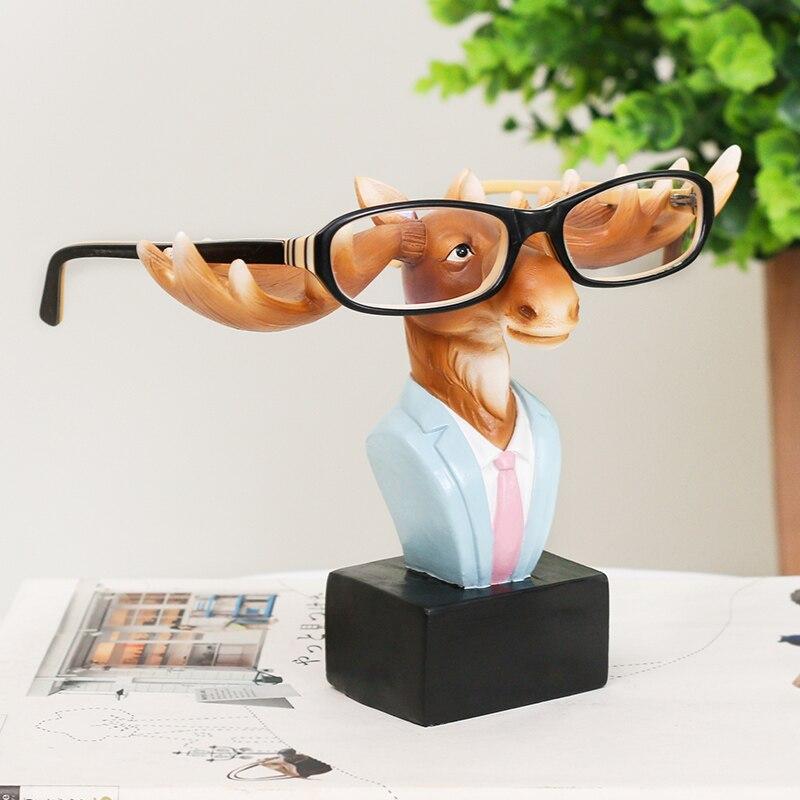 Ficar Óculos De Resina veados Alces Animal Artesanato Adorável Óculos Óculos  de Sol Titular Estande Cremalheira Animal Home Decor Melhor Presente em ... aced107159
