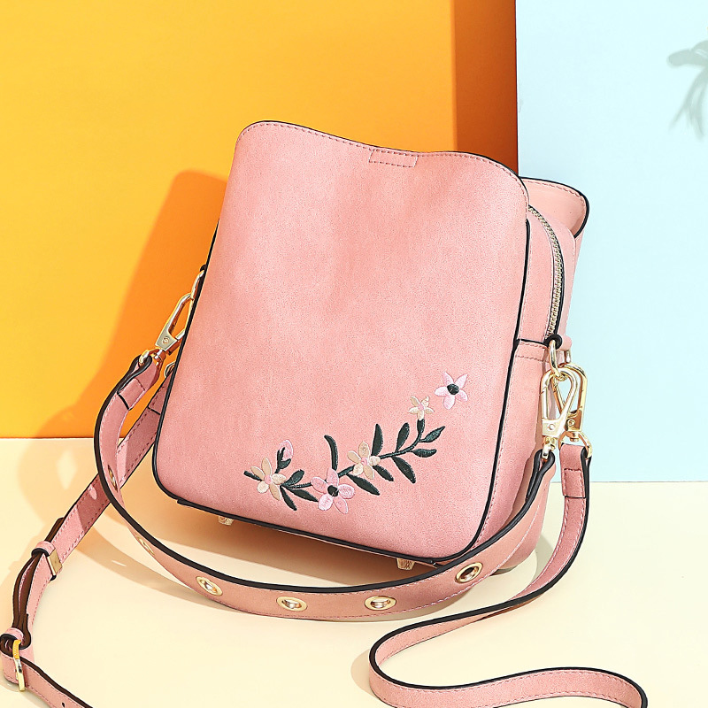 AOEO Lady Handbag Women Luxury Bag Pink Female 2019 New Embroidery Literary Wind Bags Versatile Shoulder