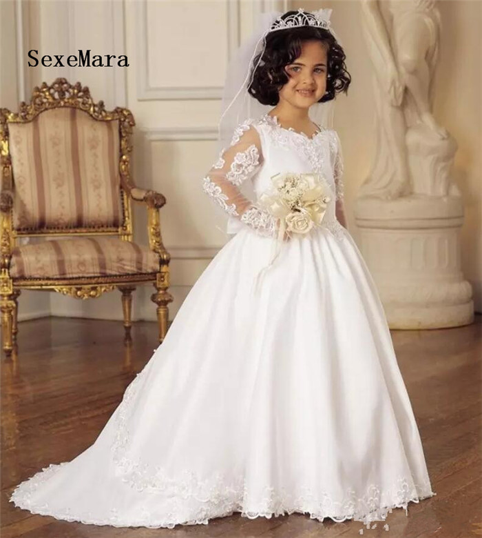Princess Ball Gown White Long Sleeve Lace Flower Girl Dresses for Wedding Girls First Communion Dresses Any SizePrincess Ball Gown White Long Sleeve Lace Flower Girl Dresses for Wedding Girls First Communion Dresses Any Size