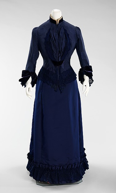 1800s Late Victorian Day Dress 1885s French Silk Cotton Bustle Gown