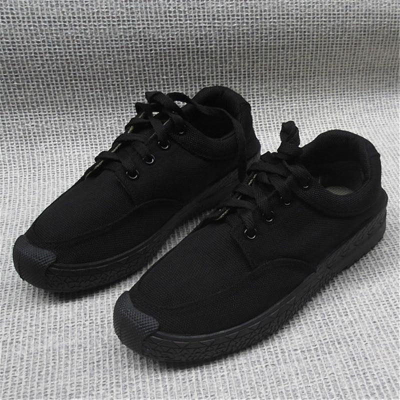 Pure Black Canvas Shoes Fashion Wear resisting Work Men Shoes Breathable Comfortable Zapatos Hombre