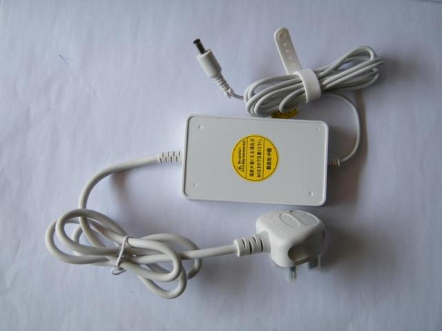 Laptop AC Adapter for DELL ADAMO PO1S XPS13 white BA45NE1/E3/E4/E0 15V 3A 45W DP/N: 0F041P F041P