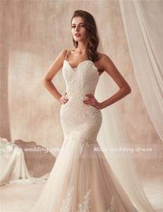 Image 5 - Spaghetti Dây Đeo Champagne Mermaid Wedding Dress 2871 Pháp Ren Appliques trên Tulle với Hemline Wide Bridal Gowns