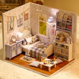 Image 3 - Домашний декор «сделай сам», деревянный дом Miniatura Craft с мебелью, аксессуары для украшения дома, фигурки, миниатюрный мини подарок для сада H