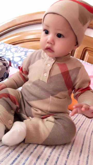 new 2019 spring winter 2pcs brand Baby clothes long sleeve Striped cotton baby boy romper And hat set newborn baby boy romper