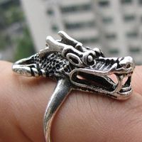 Hot sale new Style >>>>Beautiful Tribal silver dragon ring