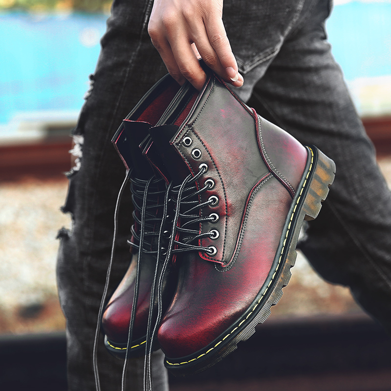 2019 New Style Leather Working Safety Shoe For Men Winter With Fur Men Casual Boots Rubber Sole Mart Boots Male British Retro Fashion Boots Men's Shoes