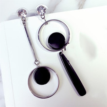Accessories wholesale European and American fashion exaggerated geometry shape Asymmetry of the circle earrings long