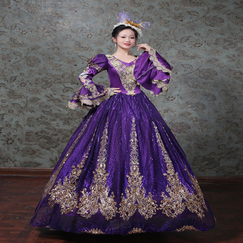 Robe violette fleurs or dentelle col V profond robe de dîner