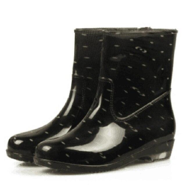 السيدات الصيف احذية المطر قصيرة الشقق منتصف العجل للماء حذاء مسطح ممطر الأحذية
