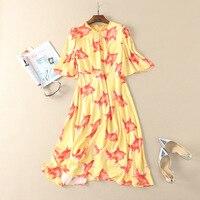 Nueva llegada 2018 primavera verano moda gasa de las mujeres vestido largo de la buena suerte peces de colores patrones de impresión vestidos amarillos