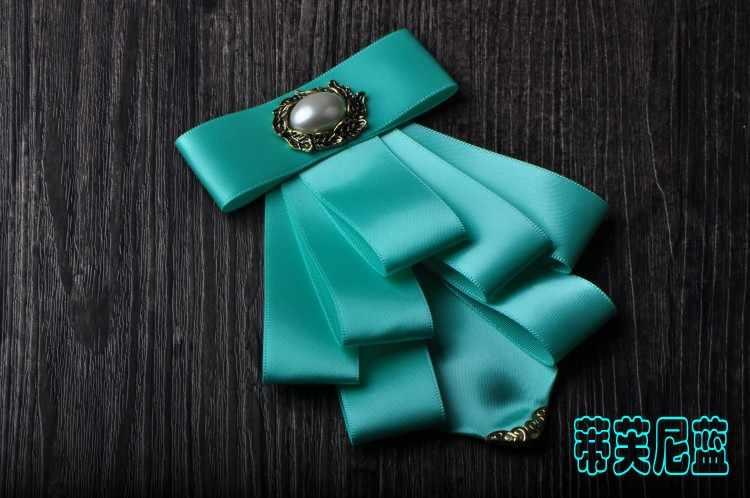 結婚式の花婿の付添人の弓ネクタイ金属コーナー多層弓のネクタイ花襟男性のビジネススーツネクタイ