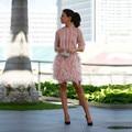 Robe de cóctel Sexy Rosa Dubai Árabe Rectas Vestidos de Coctel Cortos 2017 Arco de Plumas Vestidos de Fiesta Con Las Mangas Escarpadas