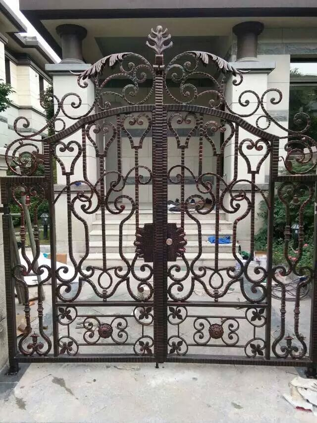 Hench Luxury Wrought Iron Gate HC-lg1 ,custom Size Acceptable