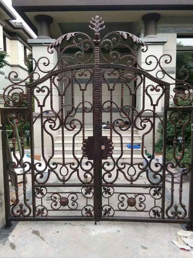 Hench Luxury Wrought Iron Gate HC-lg1 ,custom Size Acceptable