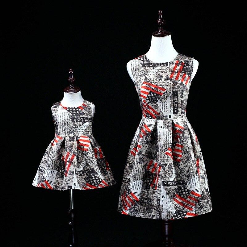 2018 maman et bébé Style Vintage robe mère fille filles robe d'été sans manches Tutu jupe famille robe de mariée vêtements
