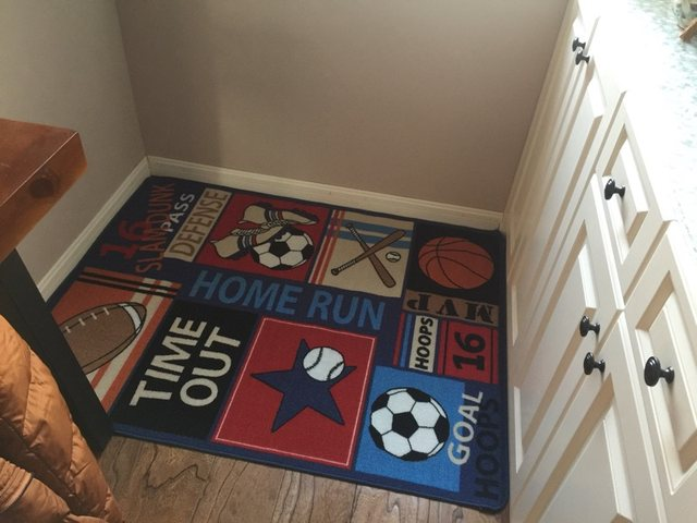 Funny Kids Rugs Soccer Baseball Football Basketball Printed Carpets With Multi Color For Boy Girl Playroom