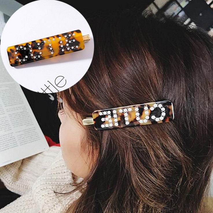 Korean Fashion Luxury Crystal Rhinestone Hair Clips Leopard Acrylic Hairpin Hair Accessories for Women Letters Hairgrip   Headwear