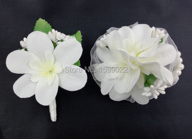White Wedding Corsages And Boutonnieres For Prom Bride Bridesmaid Sister Fabric Wrist Flower Bracelet Bridal Brooch