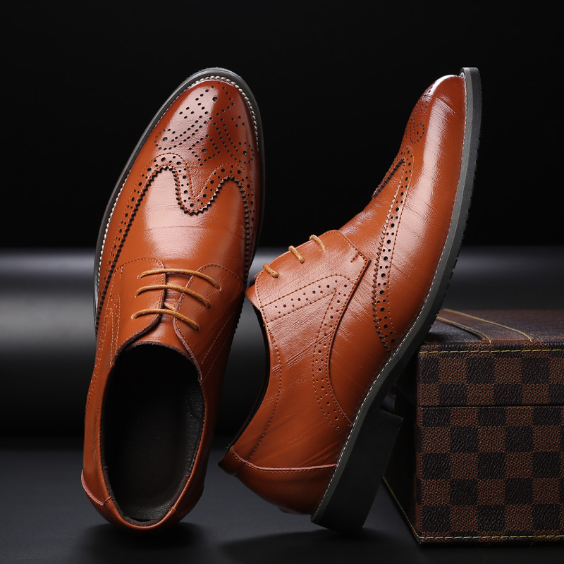 Fashion British Style  Leather Shoes Man Breathable Pointed Toe MenCasual Men Shoes Lace Up Oxfords Shoes For Men