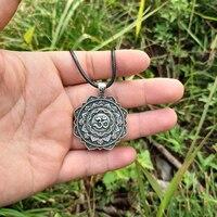 LANGHONG 10pcs The OM Necklace Tibet Mandala Necklace Tibet Spiritual Necklace Geometry amulet Religious jewelry