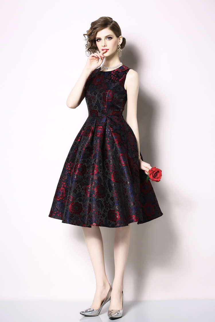 Elegant Sleeveless Printed Vintage Swing Dress 17