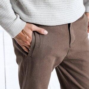 Image 2 - Simwood marca calças casuais dos homens nova primavera magro ajuste moda calças masculinas plus size tornozelo comprimento calças de alta qualidade 180402