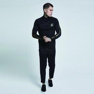 Image 3 - Yeni Moda Erkekler Sik Ipek Nakış Düz Renk Elastik T shirt Yüksek Fermuar Yaka Elastik Uzun Kollu Erkekler Slim rahat t Shirt