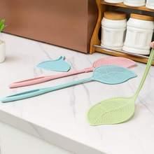 Многоцветная утолщенная пластиковая мухобойка, ручные Swat наклейки против комаров с длинной ручкой, инструменты для борьбы с вредителями, товары для дома