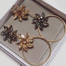 2016 Korean Fashion Accessories Shiny Crystal Flower Shaped Earrings Asymmetric Earrings For Women Brincos