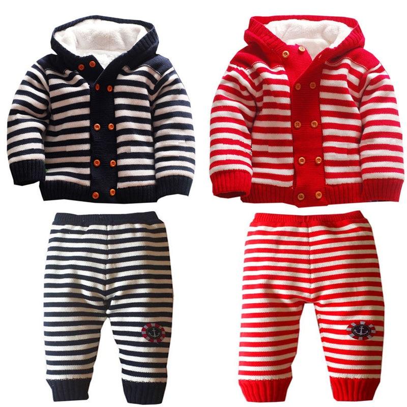 1 set free shipping Autumn And Winter new Plus velvet child Cotton stripe Warm Sweaters Set Kids coat aTLL0073
