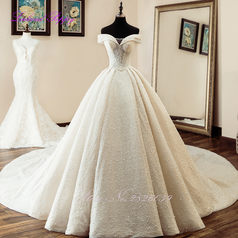 Cathedral Length Train Wedding Gowns: Luxury Women's Ball Gown Sparkly Wedding Dresses Off