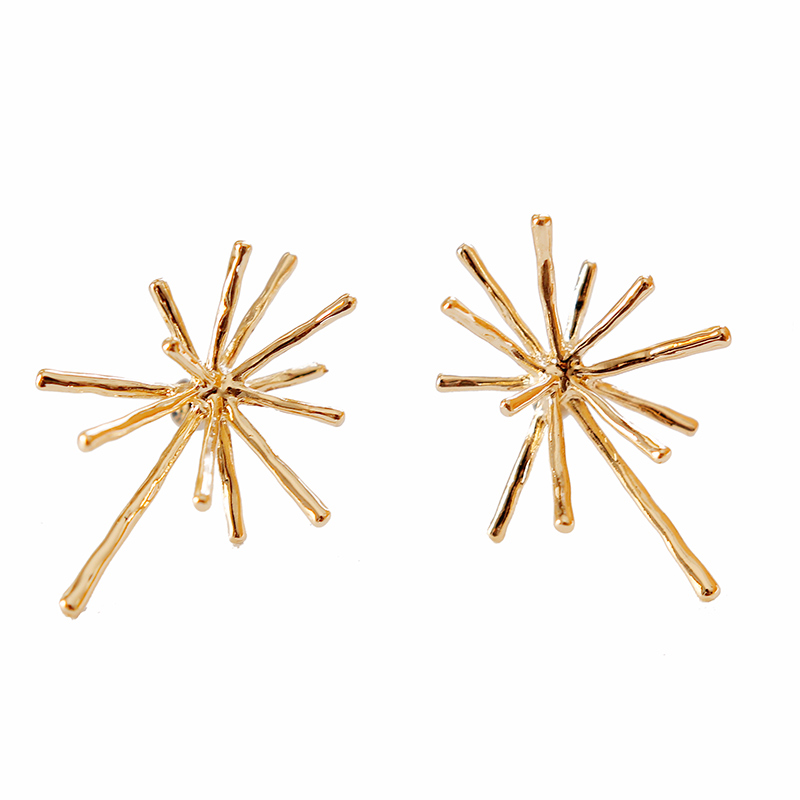 2018 New Geometry Gold Color Stud Earrings For Women Trendy Zinc Ally Hyperbole Wedding Ear Accessories Birthday Party Jewellery