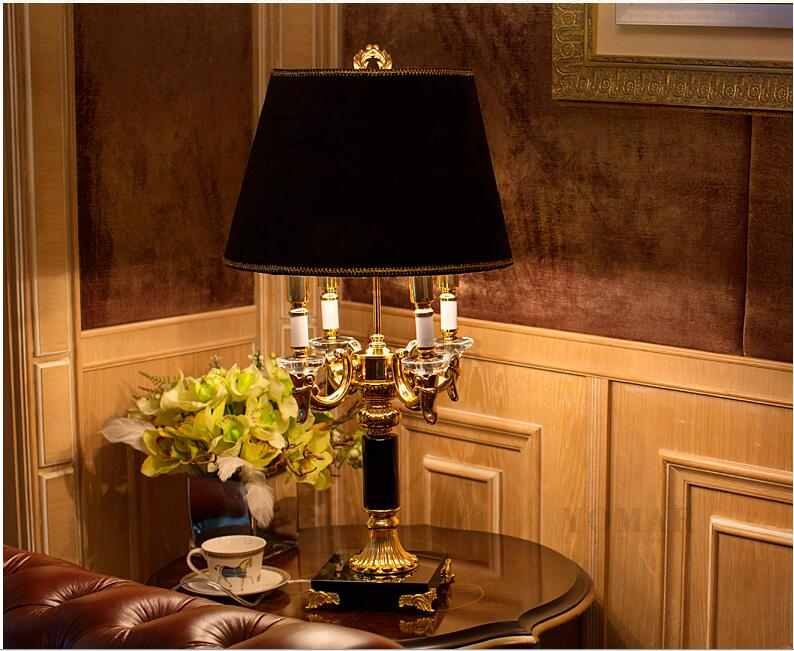 High Quality Luxury Fashion Black Crystal Table Lamp