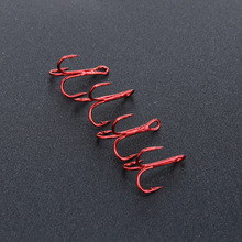 20Pcs Red Fishing Hooks Carbon Steel Sea Explosion Fish Treble Hook Barbed Crank Sharp Pesca Tackle with 3 Anchors