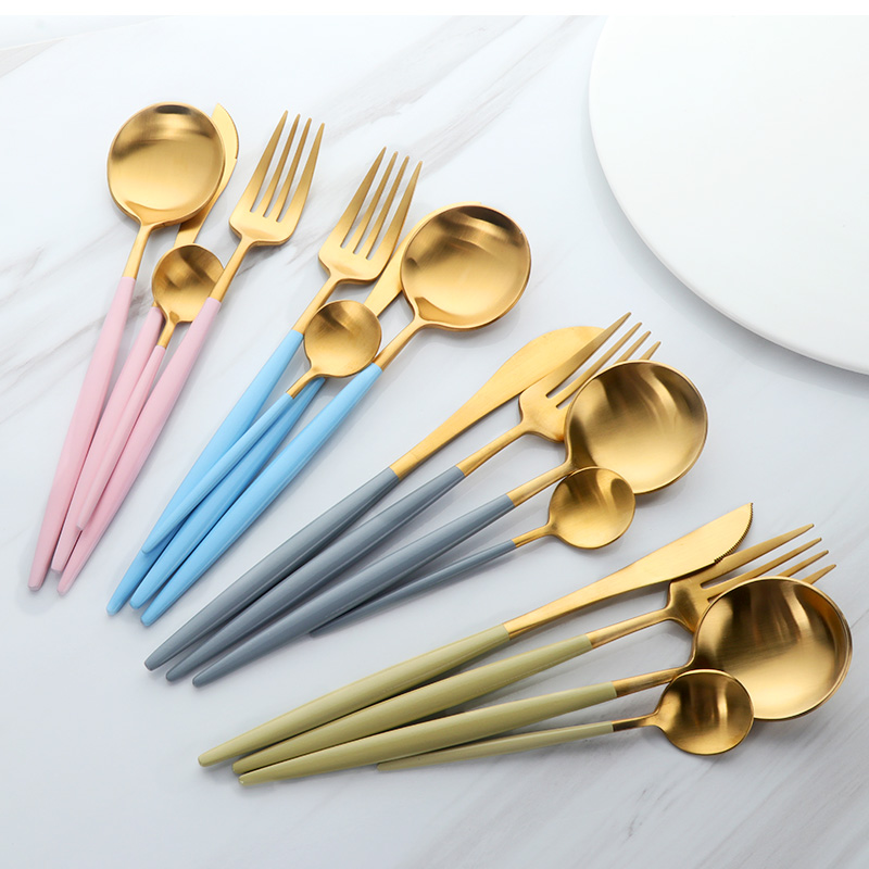 Newest 4Pcs/Set Stainless Steel Cutlery Set Western Silverware Black Gold Dinnerware Frost Dinner Fork Knife Set Gold Tableware