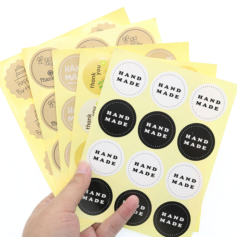 120pcs / 10 Sheets Round Label Sealing Stickers Bicycle Love Kraft Paper Happy Birthday Biscuit Bag Decoration Sealing Stickers