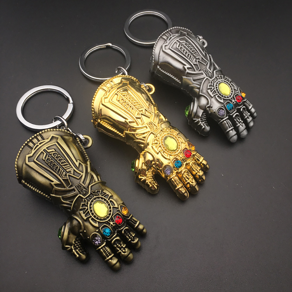 1pcs New  Avengers 3 Infinity War Thanos Gauntlet Glove Keychain Anime Key Ring Fans Souvenir Key Chain Cosplay Accessories