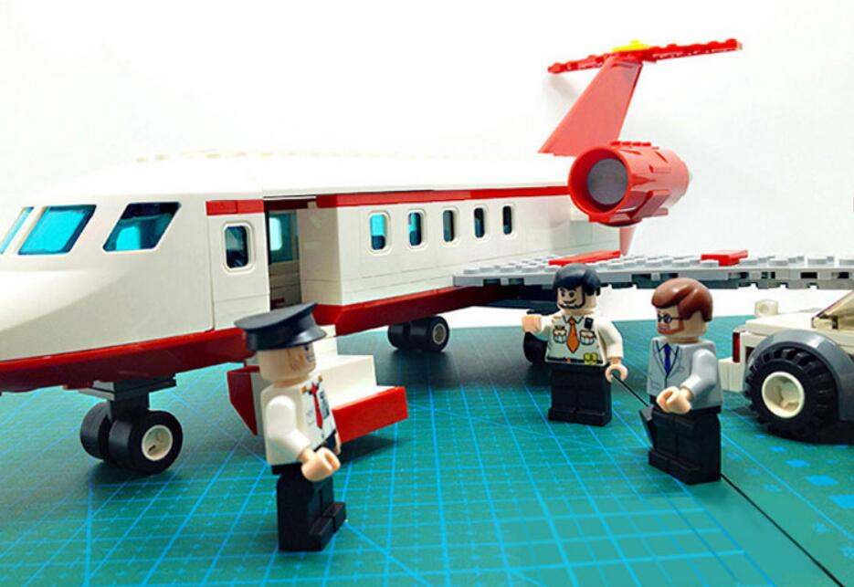 334 Pcs Airplane Toy Air Bus Model Airplane Building Blocks Sets Model Diy Bricks Classic Boys Toys Compatible With Legoings in Blocks from Toys Hobbies