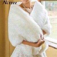 冬の結婚式のコートボレロラップフェイクファーストールホワイトブライダルジャケット結婚式アクセサリー羽trouwjurk sjaal在庫