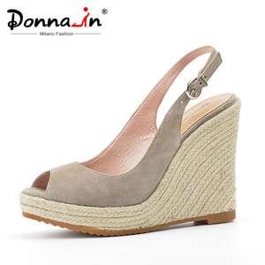 Женские сандалии на танкетке Donna-in, модные сандалии из натуральной кожи на очень высоком каблуке с открытым носком, для пляжа, 2020