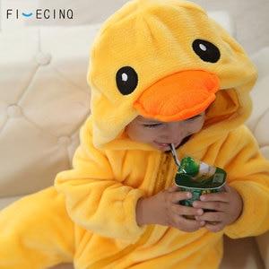 Image 4 - צהוב ברווז Kigurumis תינוק ילד בעלי החיים קוספליי תלבושות Kawaii חם פלנל פיג מה חליפת ילד תינוק מסיבת יום הולדת משחק סרבל