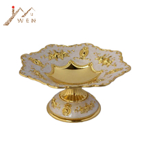 Elegant  luxury golden plated dried fruit snack tray