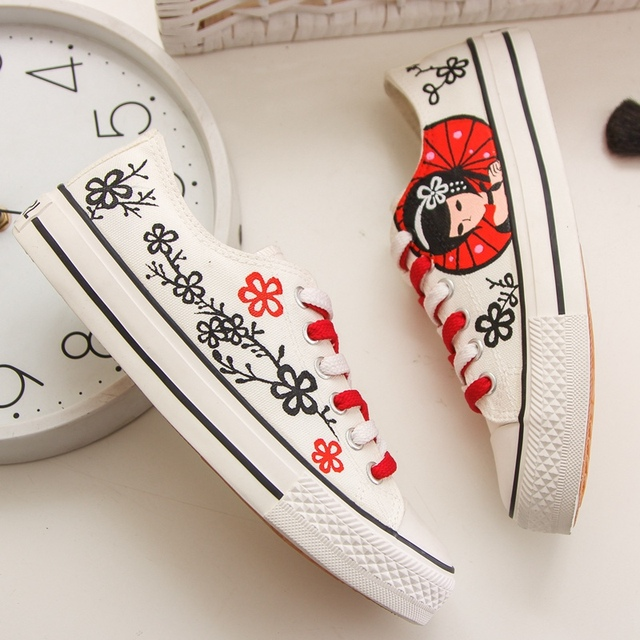 4831d0b0d3a Hand-painted Red Japanese geisha girl Women s shoes Canvas Platform Casual  Shoes Zapaillas Plus Size 35 - 44