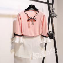 In the autumn of 2016 new Korean head sleeve sweater bow tie fold nine sleeves
