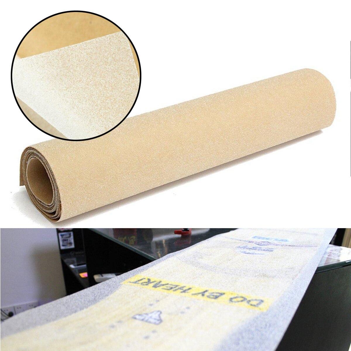 Prix pour Mayitr 125*25 cm PVC Effacer Longboard Skate Scooter Papier de Verre Autocollant Planche À Roulettes Épaissie Grip Bande Planche À Roulettes Sable Papier Bande